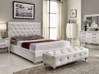 Set Bilik Tidur Putih